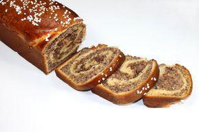 Das Rezept für den Cozonac stammt aus Rumänien. Dieser Strudel ist schön saftig und begeistert alle Nuss-Fans.