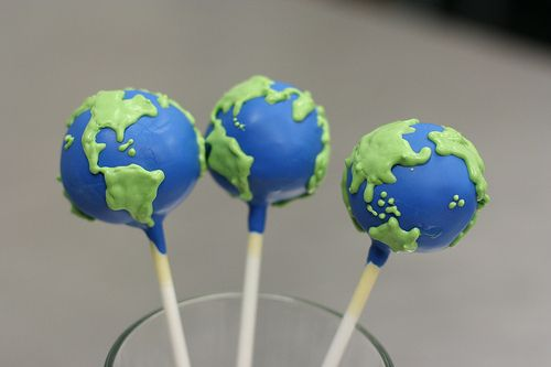 Cake pops for Earth Day