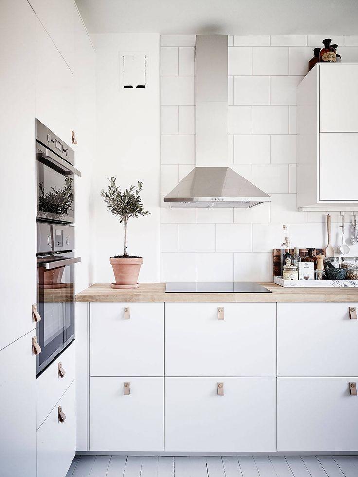 Scandinavian Kitchen Cabinets Style