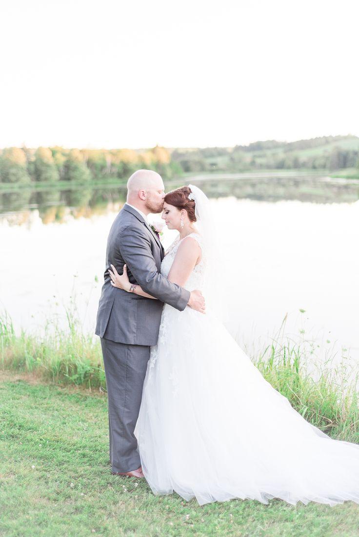 Blush PEI wedding photos at the Gardens of Hope
