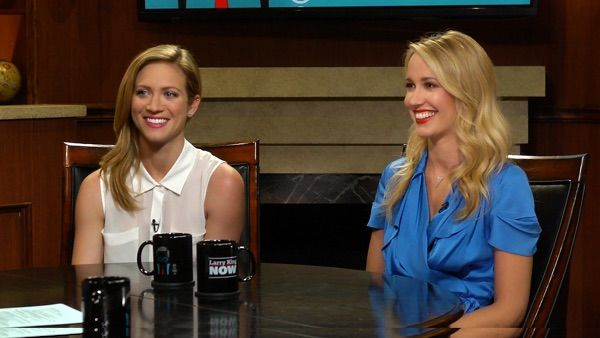 Brittany Snow and Anna Camp talk Pitch Perfect 2, Elizabeth Banks as a Director and Lack of Roles for Women in Hollywood with Larry King #Video  Read more at: http://www.redcarpetreporttv.com/2015/05/11/brittany-snow-and-anna-camp-talk-pitch-perfect-2-elizabeth-banks-as-a-director-and-lack-of-roles-for-women-in-hollywood-with-larry-king-video/