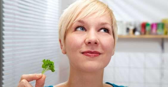 Rimedi naturali (e fai-da-te) per eliminare i cattivi odori in casa