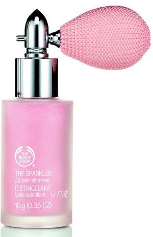 Shimmering powder 'The Sparkler', from The Body Shop. They have this in bronze... must try!