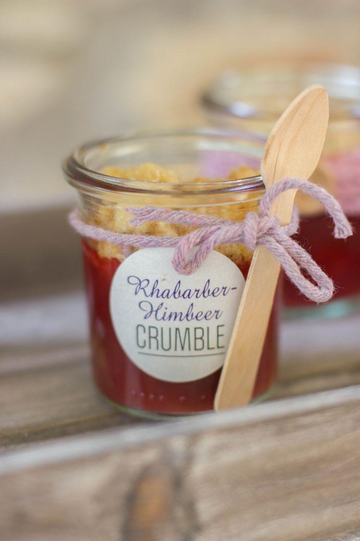 Sweet Candy Table Konzept Im Romantisch Rustikalen Look, Mit Baumscheiben,  Jute, Spitze,