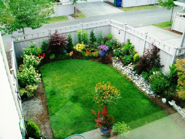 Great use of space for a square or rectangular backyard. Expand this look for our backyard landscape