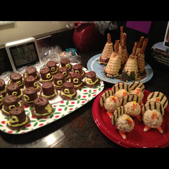 Thanksgiving Treats - I'm in love with the turkeys!
