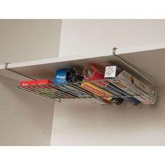 E se quiser evitar furar os móveis, use prateleiras encaixáveis.   25 objetos de organização que você precisa ter em casa