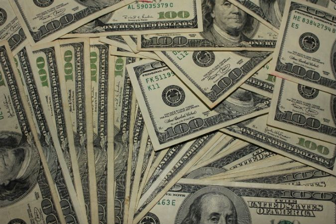 10 Expert Recommended Ways To Make Huge Amounts Of Money 100 Dollar Bill Dollar Bill Money