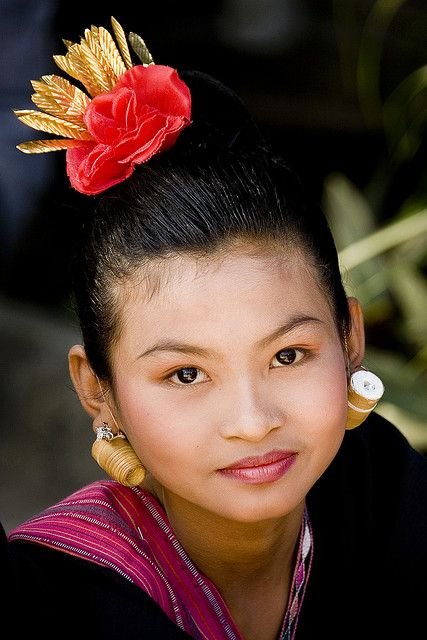 Beautiful Indonesian Woman in Traditional Style -- Lombok, Indonesia