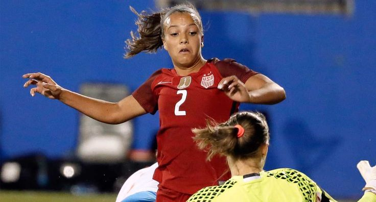 USWNT teen prodigy Mallory Pugh turns pro after three months and zero games at UCLA