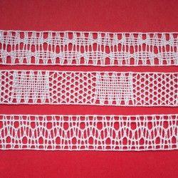 10. 10. 2014 U příležitosti 500. výročí narození Barbary Uthmann byla uspořádána hromadná akce pro krajkářky. Za sebe jsem odevzdala tři bílé proužky krajky požadované šířky a délky.