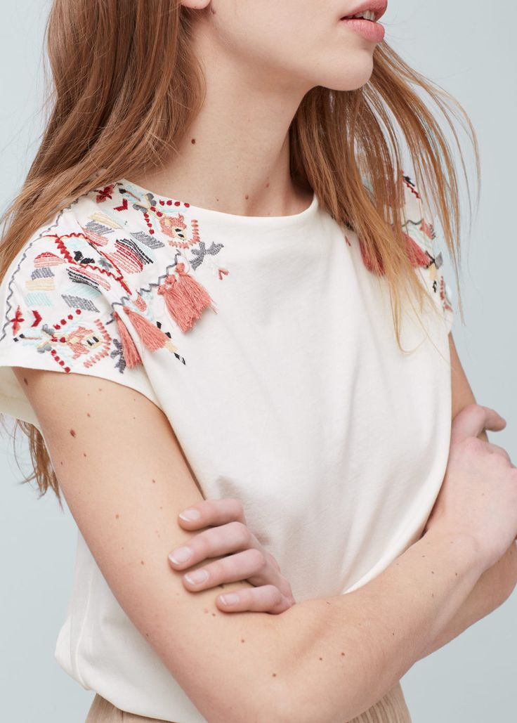 Embroidered cotton t-shirt | MANGO
