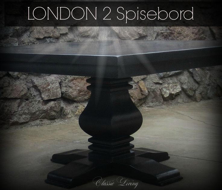 London 2 (Helsvart) kvadratisk spisebord fra Classic Living  https://classic-living.no/collections/bord/products/london-2-all-black