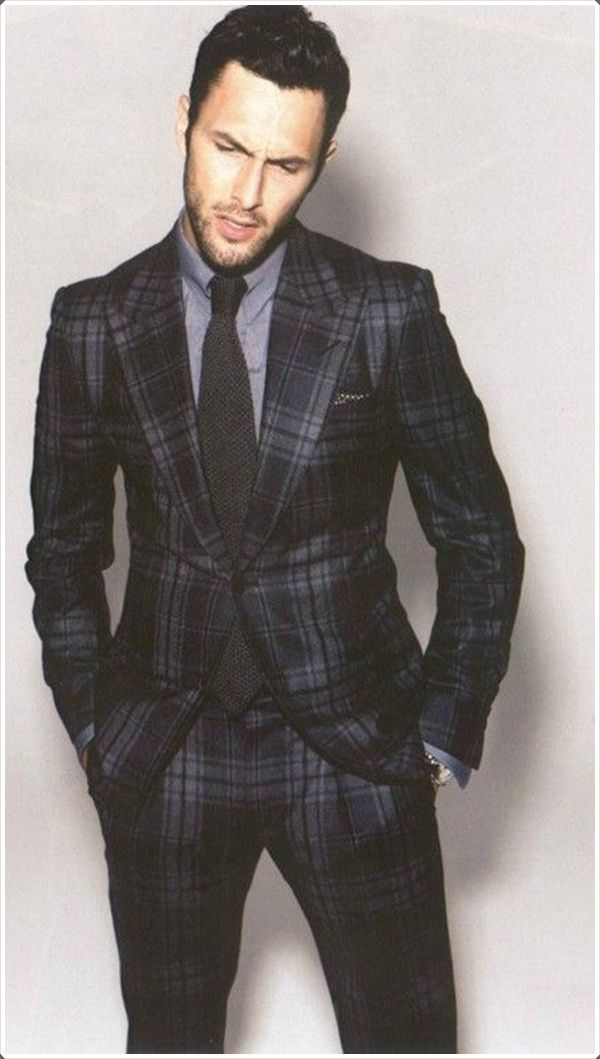 Look hot and handsome in plaid pants!