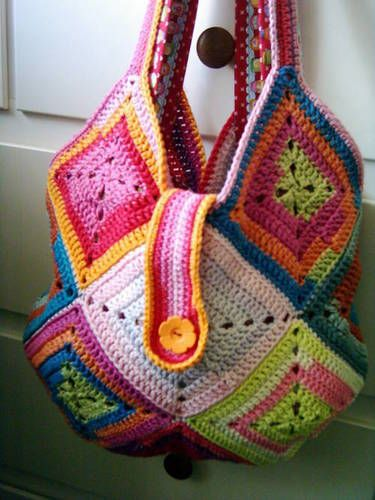 Another great bag...I gotta make one soon!: Ideas, Crochet Granny Squares, Crochet Bags, Granny Squares Bags, Granny Square Bag, Crochet Squares, Totes Bags, Vibrant Colors, Crochet Pattern