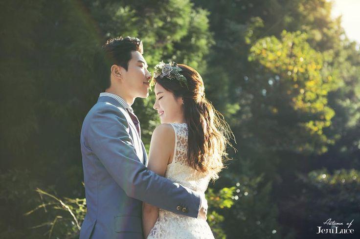 - ��결혼을 준비할 땐 ᴡᴇᴅᴅɪɴɢ ᴜ�� 정말 아름다운 제주도를 배경으로 사진을 찍을 수 있는 [제주루체스튜디오] ! 아름다운 석양과 함께 멋진 사진을 남기고 싶으신 예비부부님들 주목해 주세요! _ - ✔@weddingu_insta ✔웨딩유 카톡 ID: @웨딩유인프라그룹 - #웨딩 #웨딩유 #웨딩드레스 #신부 #예신 #예랑 #동화속 #커플사진 #wedding #웨딩메이크업 #결혼식 #marriage #결혼준비 #허니문 #신혼여행 #감성샷 #메이크업 #웨딩촬영 #부케 #weddingdress #주인공 #스튜디오 #카메라 #인생샷 #웨딩박람회 #웨딩페어 #제주도 http://gelinshop.com/ipost/1515897308976730176/?code=BUJjJIph1BA