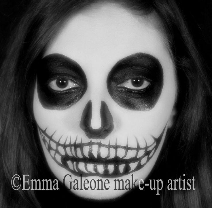 Halloween skeleton make-up   trucco da scheletro per Halloween
