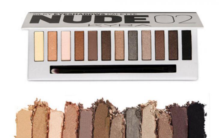NUDE02 #eyeshadow #palette ✨ €12,95 verkrijgbaar via de webshop! #oogschaduw #eyeshadows #oogschaduwpalette #eyeshadowpalette #eyeshadowpalettes #makeup #eyemakeup #makeuppalette #oogschaduwpalet #nudepalette #eyes #eyelook #makeuplook #makeuplooks #nude02