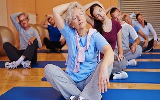 Sport e integratori contro i disturbi della menopausa Non sempre le donne vivono la menopausa allo stesso modo: per alcune gli effetti sono blandi e momen valdispert menopausa donne sport
