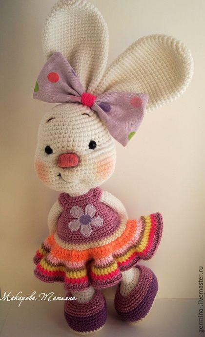 Animal toys, handmade.  Order Golden Bunny .... Tatiana Makarova.  Arts and crafts fair.  Bunny girl, handmade toys