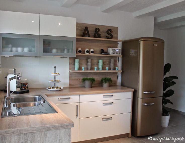 25 best ideas about retro kitchens on pinterest vintage. Black Bedroom Furniture Sets. Home Design Ideas