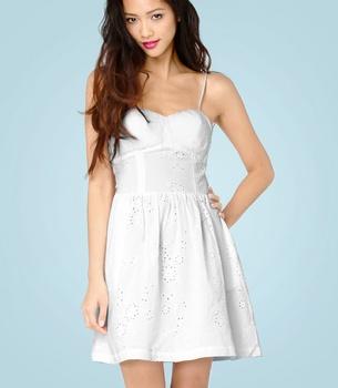 BB Dakota Fea Dress- oooo I love pretty white sundresses