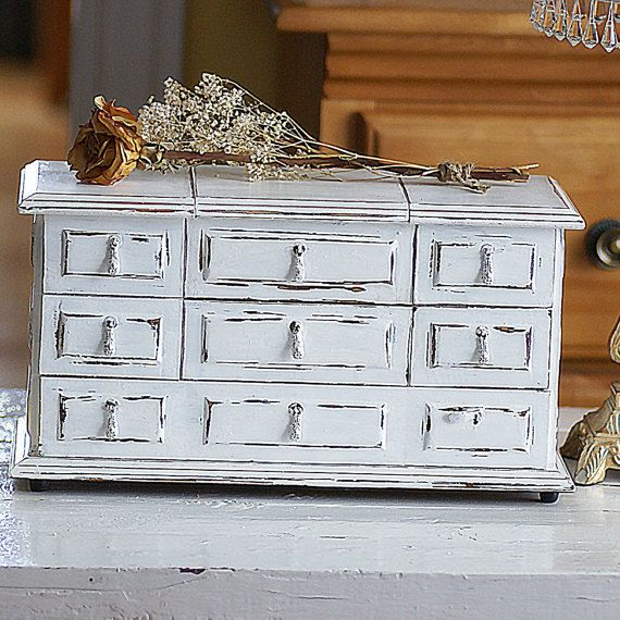 1000 id es sur le th me peinture la craie sur pinterest annie sloan cire noire et peinture. Black Bedroom Furniture Sets. Home Design Ideas