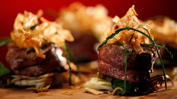 Beef Fillet With Potato Stack and Balsamic Reduction - Yahoo!7 TV