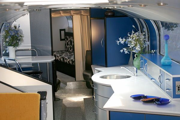 The Largest Rv Motorhome In The World Interior 2nd Floor