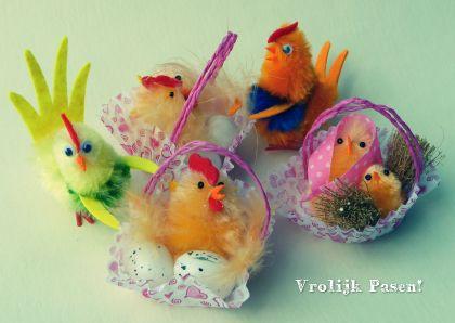 Retro decoratie paaskuikens - retro decoration chicks. Kaartje2go - Creagaat Pasen Pinkster