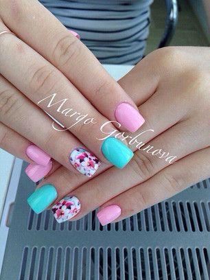 Модный маникюр разноцветные ногти модный рисунок