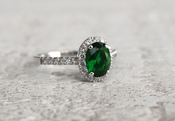 Halo Ring Emerald Silver 925 Green Crystal Ladies Present