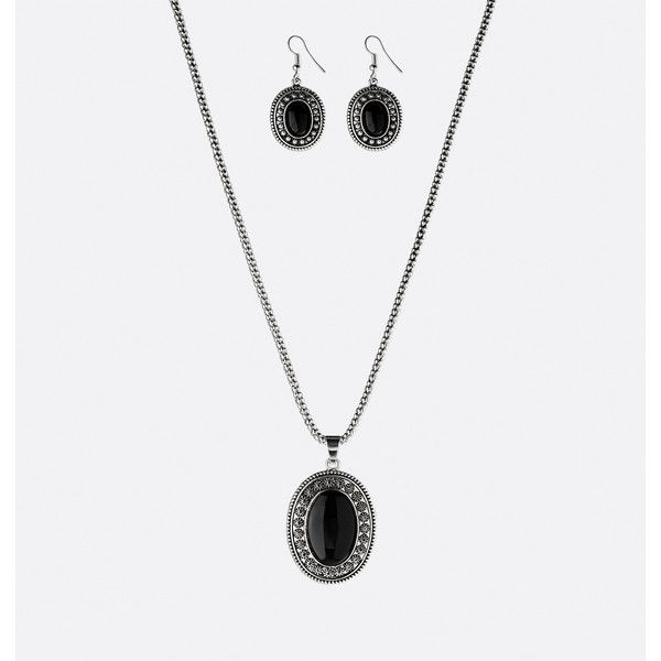 Avenue Plus Size Black Medallion Necklace Earring Set (23 BRL) ❤ liked on Polyvore featuring jewelry, earrings, black, plus size, medallion pendant necklace, fake earrings, imitation jewellery, pendant necklace and fake jewelry