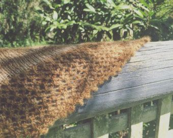 Trellis is a Hedgerow Cottage Woolcraft original design created with 100% local, single origin, Alpaca wool which has been dyed with handpicked organic walnut hulls.  https://www.etsy.com/au/your/shops/hedgerowcottage/tools/hedgerowcottage/au/listings/249944628