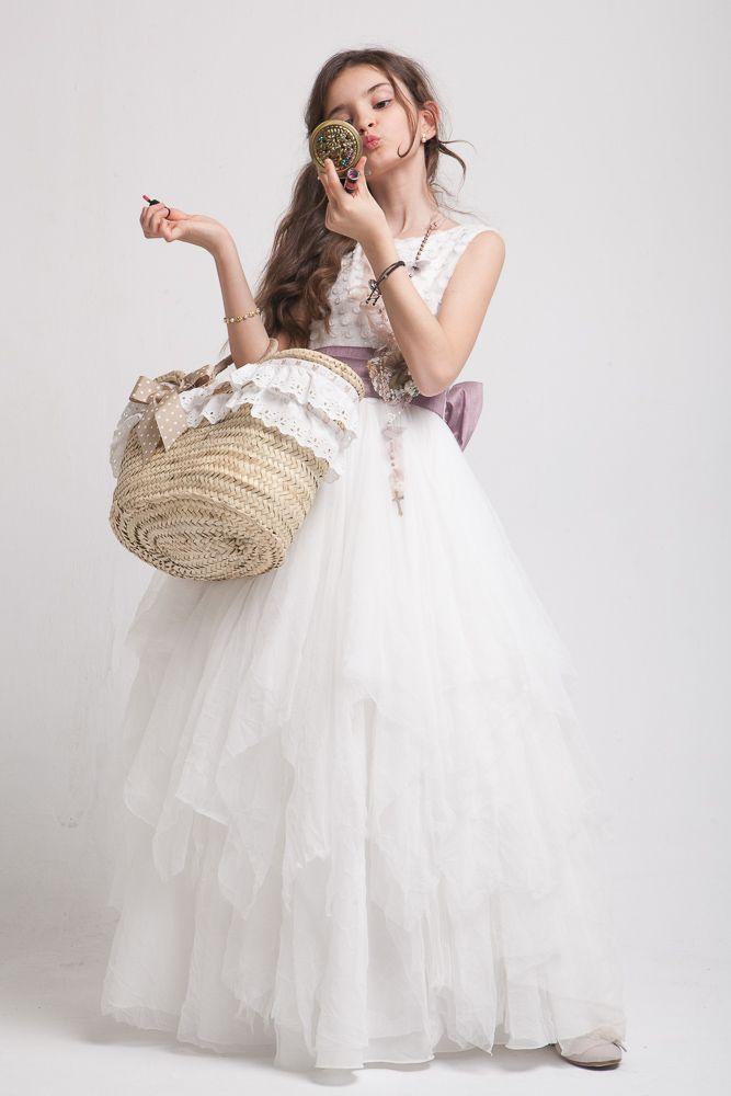 Fotos del traje de primera comunion en el estudio - elestudiodeblanca.com