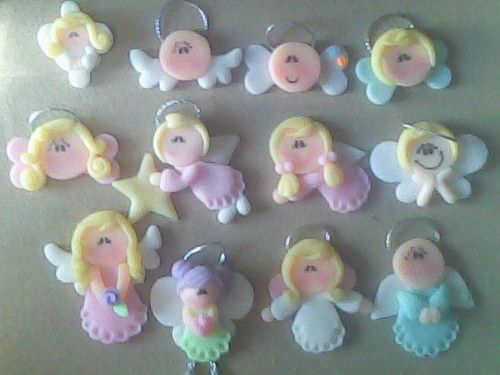 These are made of edible fondant however I see them in polymer clay!