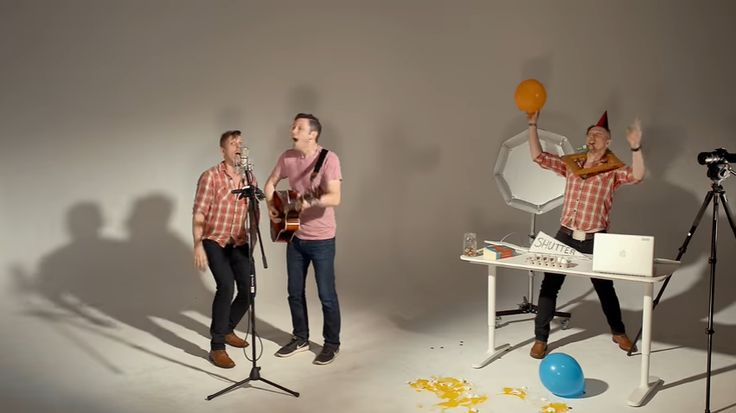 This Song Is Photography 101 In Four Minutes, And It Will Make Your Day #photography http://www.diyphotography.net/song-photography-101-four-minutes-will-make-day/