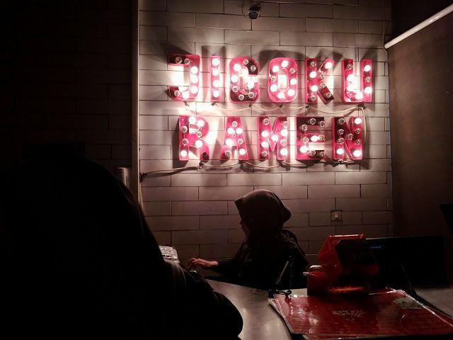Fana Chamele: DINNER ROMANTIS ALA JIGOKU RAMEN BANDUNG