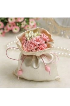Hand-made Flower Exquisite Wedding Favor Bags (12 Pieces/Set)