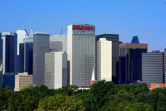 Downtown Dallas Hotel Rooms | Sheraton Dallas Hotel