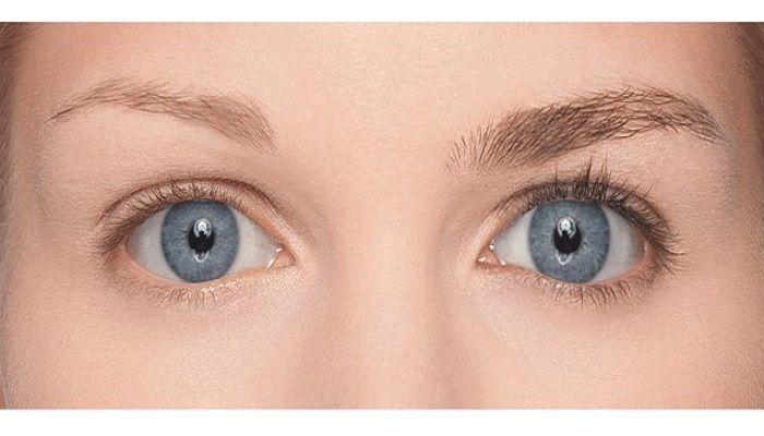 17 meilleures id es propos de sourcils fins sur pinterest sourcils pais eyeliner naturel. Black Bedroom Furniture Sets. Home Design Ideas