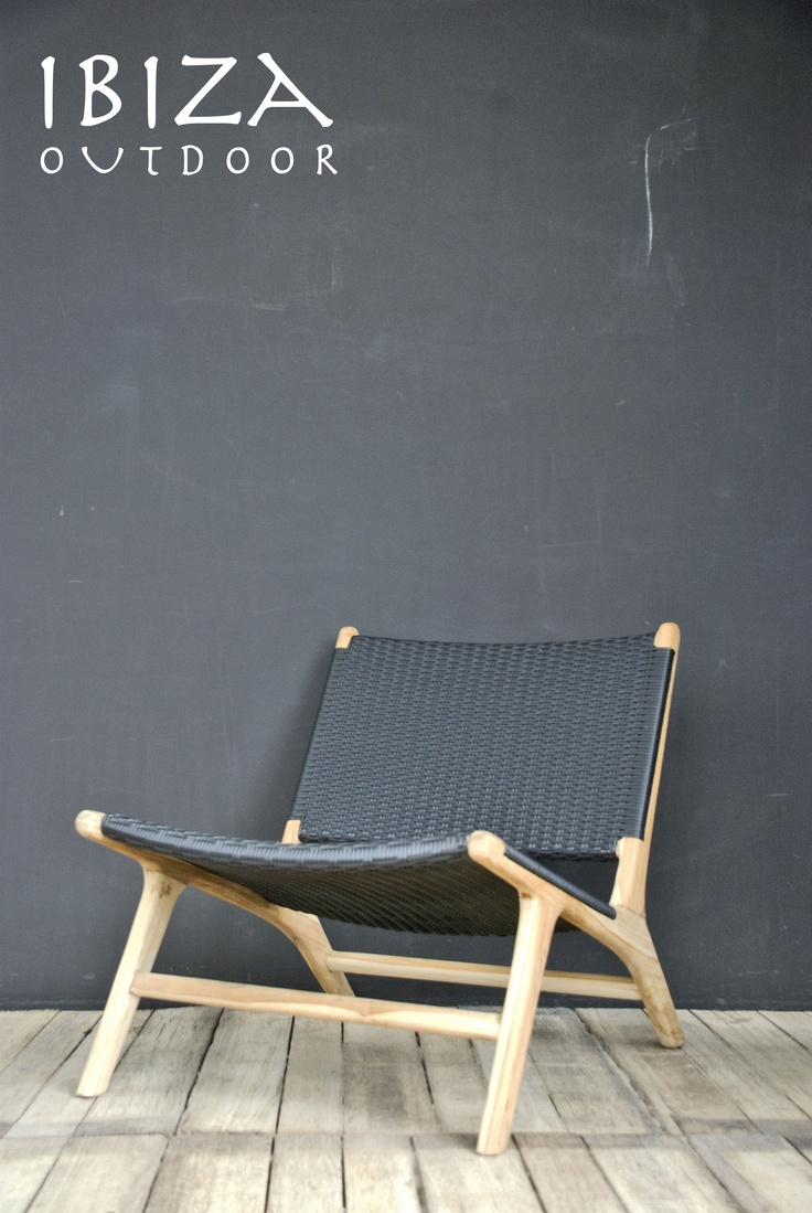 A new retro lounge chair from Ibiza Outdoor, will get a nice natural look when put outside. When interested please do mail me at ibizaoutdoor@gmail.com
