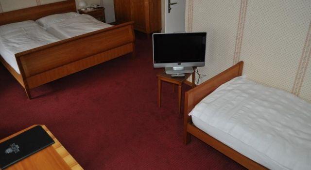 Hotel Linde AG - 3 Star #Hotel - $110 - #Hotels #Switzerland #Stans http://www.justigo.ws/hotels/switzerland/stans/linde-ag_3901.html
