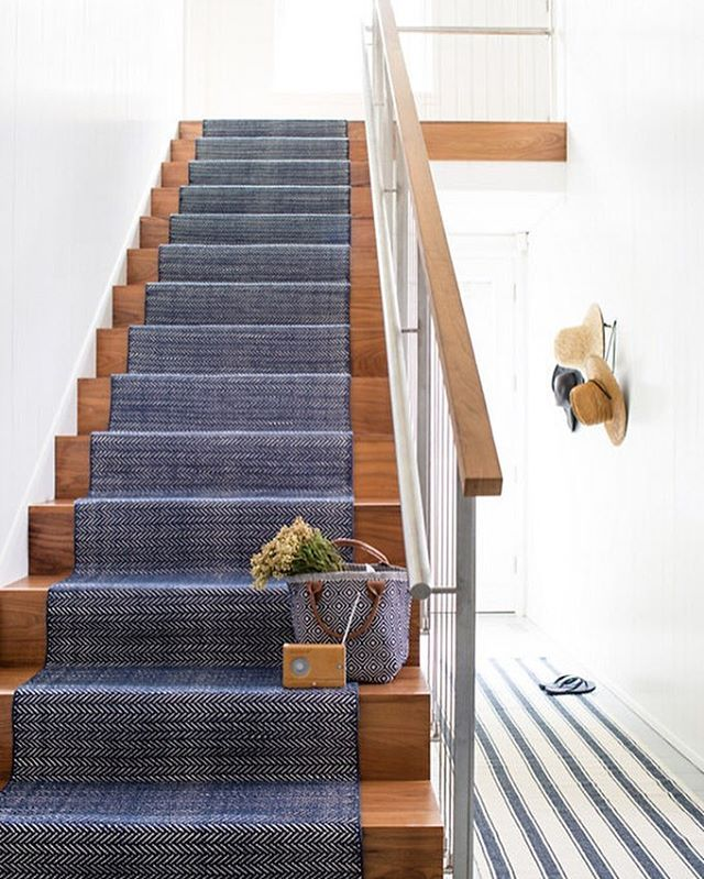 Best 25 Navy Stair Runner Ideas On Pinterest Stair Rug 640 x 480