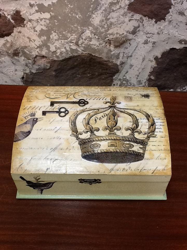 Decoupage French box