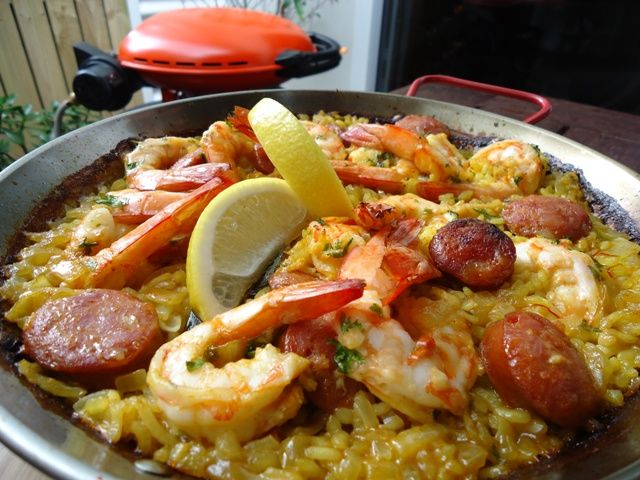 Learn to cook Paella; Prawn & Chorizo