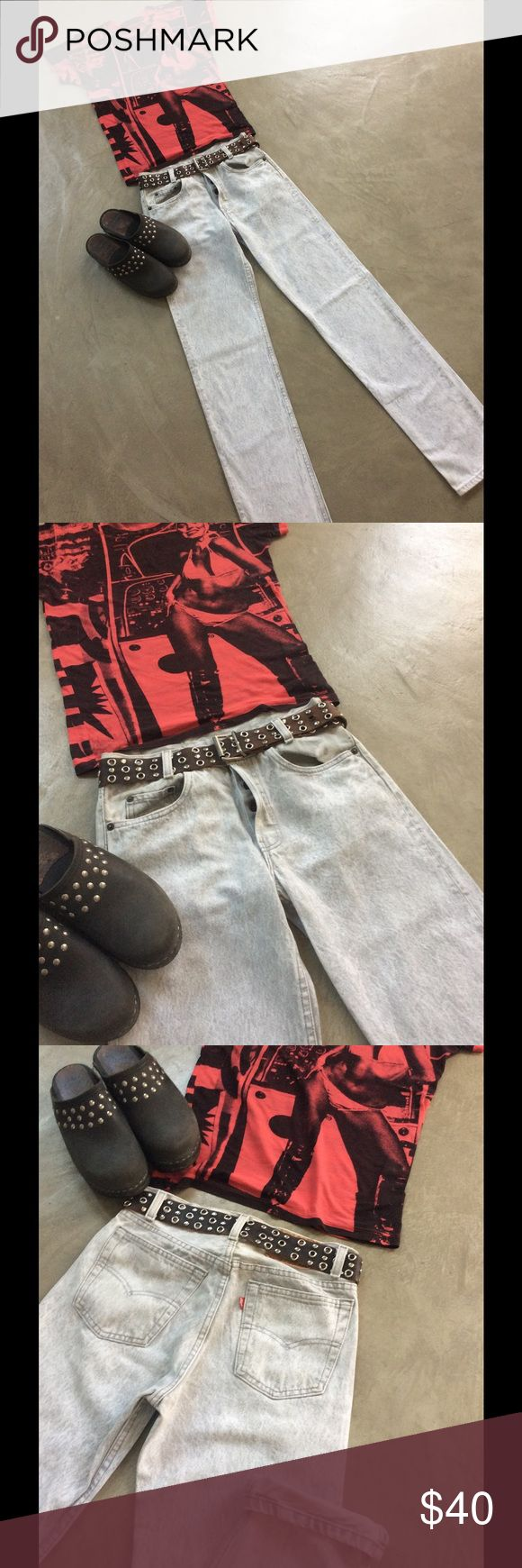 """Vintage button fly acid wash Levi jeans From the 80's- 90's, in excellent condition these are original high waisted pale gray acid wash Levis. Great with flip flops and tee or boots and a leather. Waist measures 26"""" and length 33,5"""" Vintage Levis Jeans Straight Leg"""