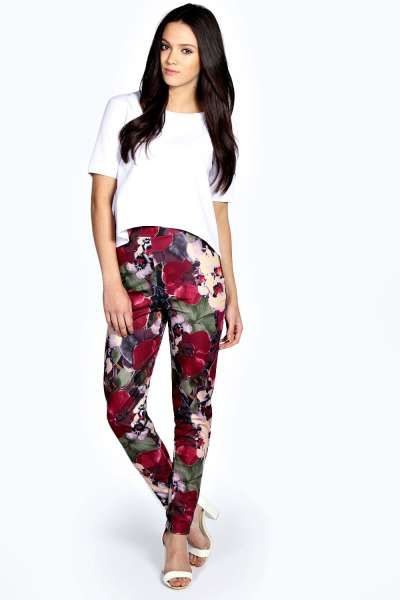 Neve Blurred Floral Print Treggings at boohoo.com