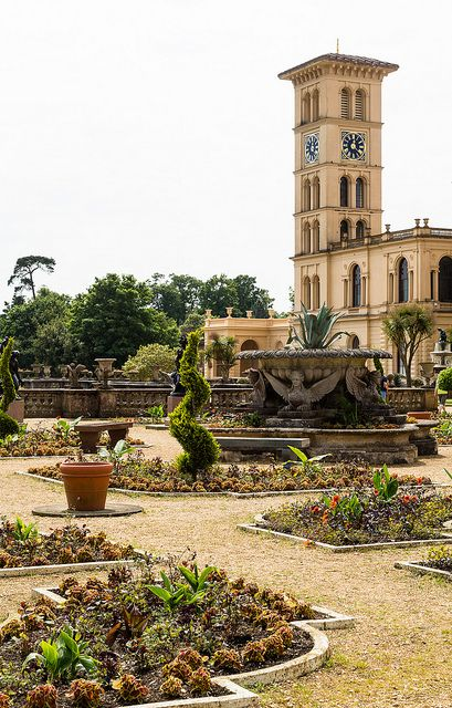 Osborne House on the Isle of Wight | Osborne House is a former royal residence in East Cowes, Isle of Wight, UK. The house was built between 1845 and 1851 for Queen Victoria and Prince Albert as a summer home and rural retreat. Prince Albert designed the house himself in the style of an Italian Renaissance palazzo. Queen Victoria died here. | Photo by alh 1 on Flickr