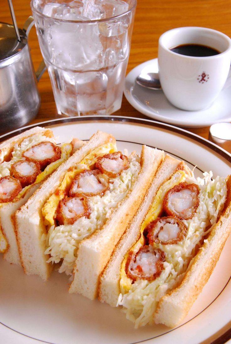 Cafe Konparu's Fried Shrimp Sandwiches, Nagoya, Japan コンパルのエビフライサンド